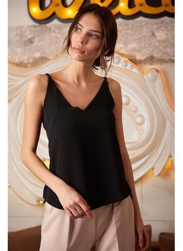 Cottonmood 8121702 Kobe V Yaka Ip Askılı Yırtmaçlı Kolsuz Bluz Siyah